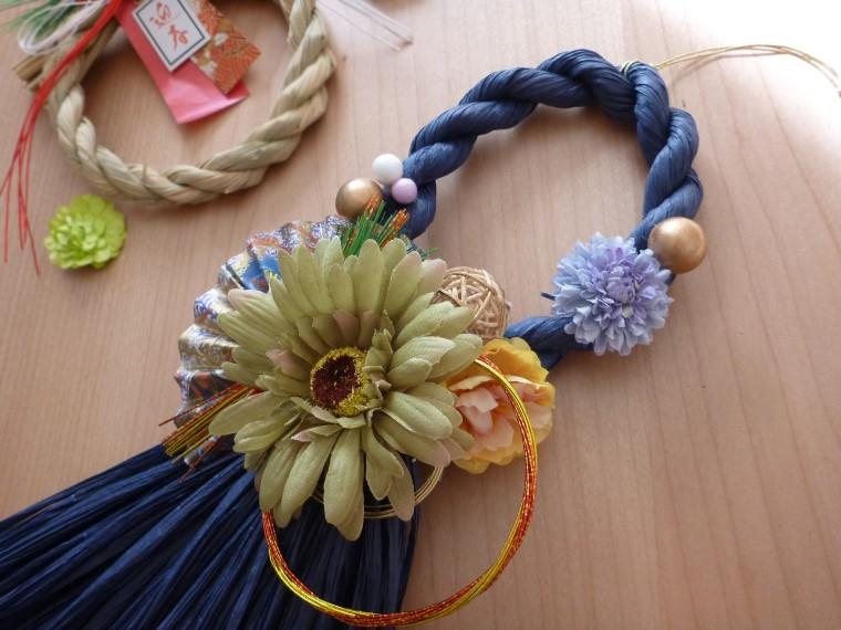 おしゃれなモダンカラーで作るお正月のしめ縄飾り