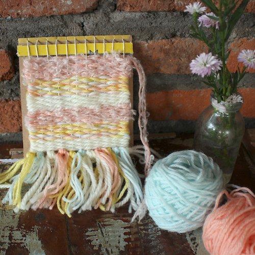 <夏休みの自由研究&工作>手織り物を作ろう!①ダンボールで織り機づくり